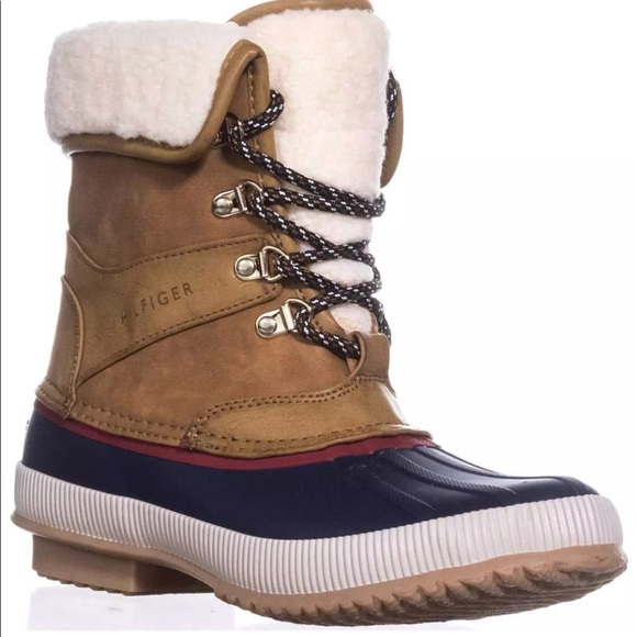 ef83abcb31515 Tommy Hilfiger Rian Lace-Up Cold-Weather Boots. M 5bde00fd7386bc2b093d80e7